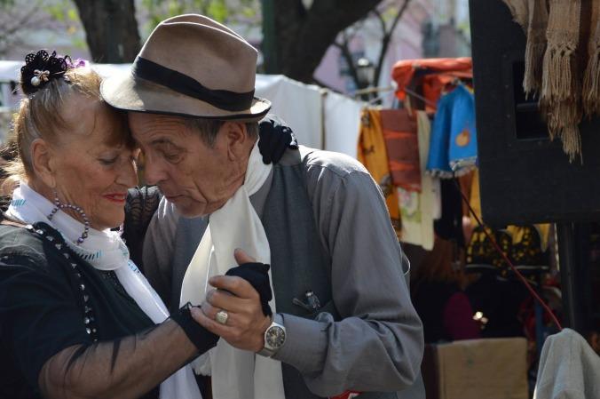 tango-935221_1280
